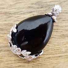 Load image into Gallery viewer, Black Agate Stone Handmade Tear Drop Flower Necklace-NECKLACES-Magic Crystals