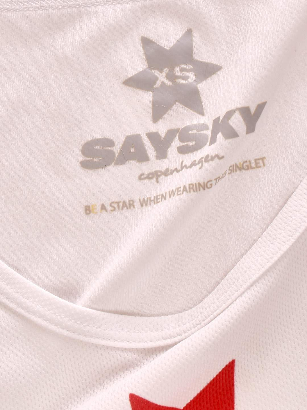 Sports top fra Saysky