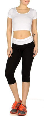 Load image into Gallery viewer, White Sports crop top and capri yoga pants set - Emma's Boutique