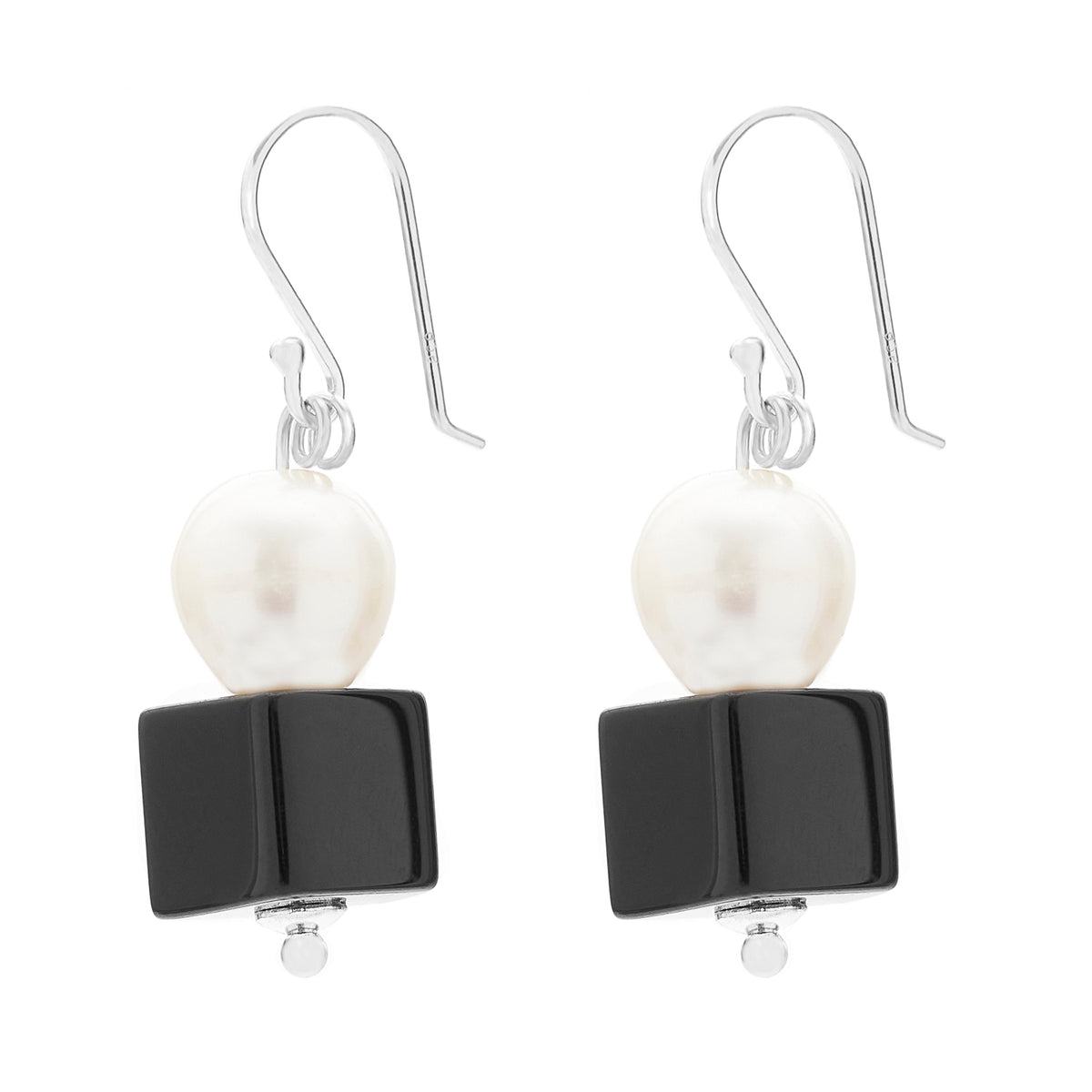 DROP EARRING | PEARL AND ONYX
