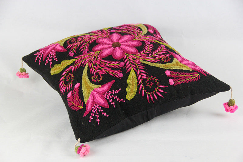 Heirloom Ayacucho Pillow 025