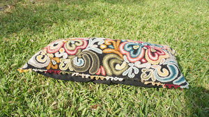 Heirloom Ayacucho Pillow 002