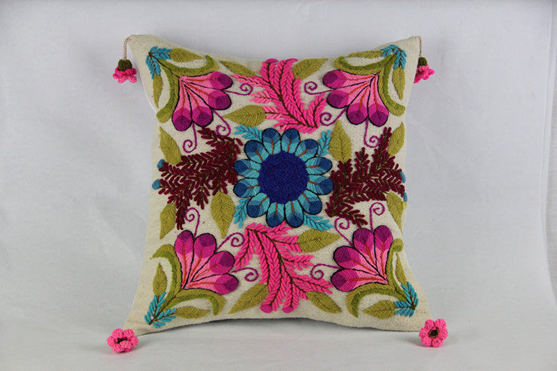 Heirloom Ayacucho Pillow 044
