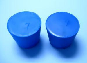 Blue Rubber Stoppers Size 7 (Count 2) - Avogadro's Lab Supply