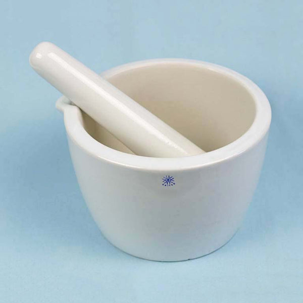 Deep Form Porcelain Mortar and Pestle 750 mL - Avogadro's Lab Supply