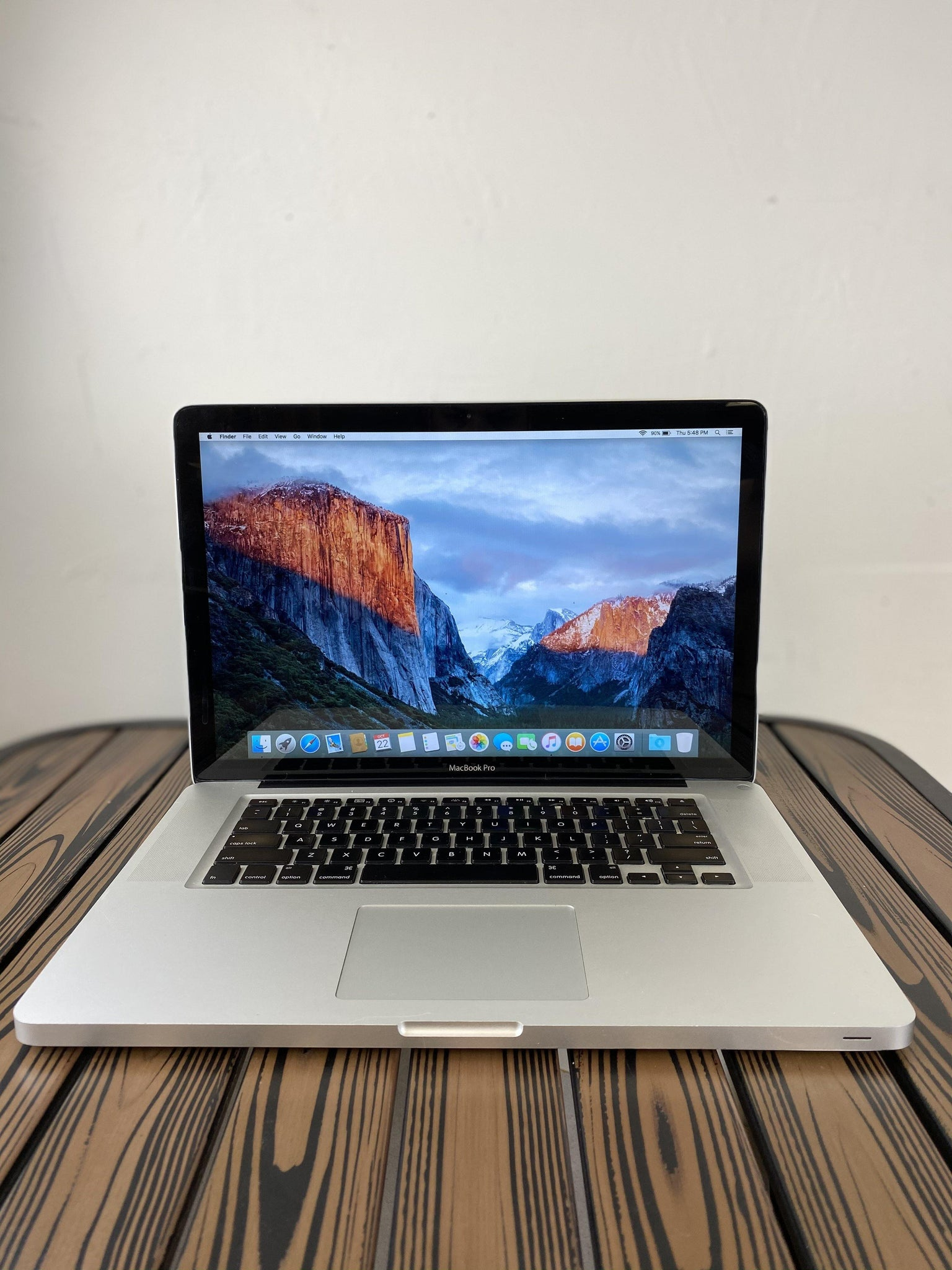 MacBook Pro (15-inch, Late 2011) - intel Core i7 @2.5 GHz - 16GB Ram - 250GB SDD