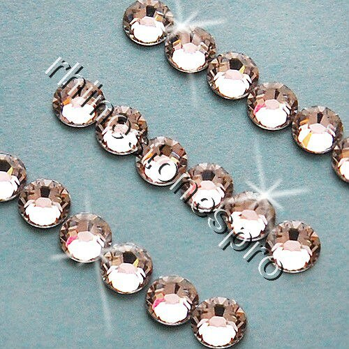 ss3 ( 1.35-1.50 )mm Swarovski Elements Crystal Clear (001) 2880 pieces 3ss 1.5mm Flat Back Rhinestones Nail Gem - goldylify.com