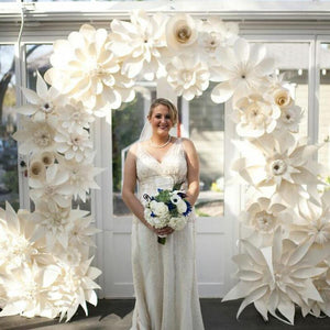 50PCS Mix Sizes & Styles Cardboard Giant Paper Flowers For Showcase Wedding Backdrops Props flores artificiais para decora o - goldylify.com