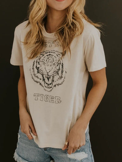White Printed Tiger Crew Neck Casual Shirts & Tops