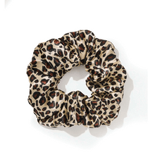 Load image into Gallery viewer, Chouchou scrunchie leopard