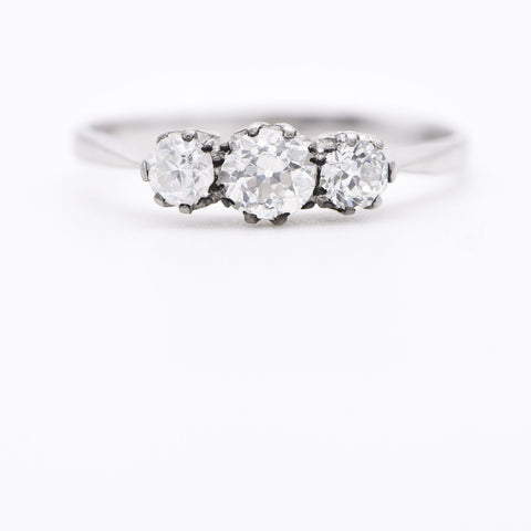 The Vintage Tres Crystallini Diamond Ring - Antique Jewellers Ltd