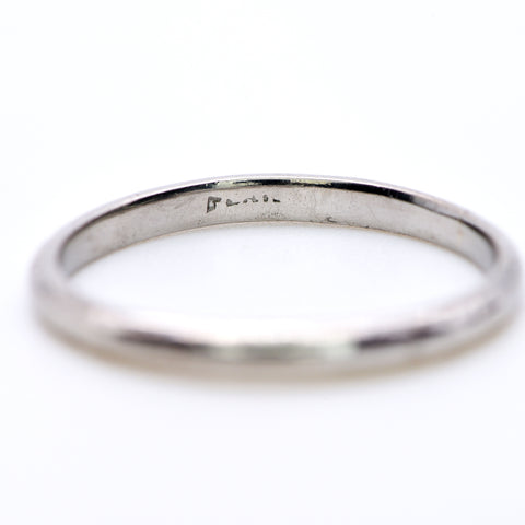 The Simple Platinum Band - Antique Jewellers