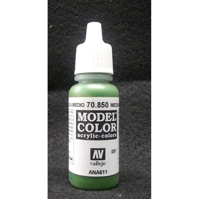 Model Color: Medium Olive (17ml)