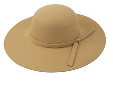 Load image into Gallery viewer, Floppy Hat