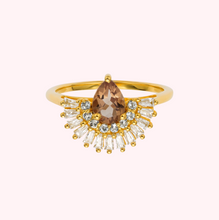 Load image into Gallery viewer, Alexandrite and Diamond Majestic Pear Ring