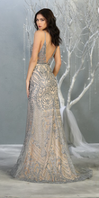 Load image into Gallery viewer, Elsa Gown