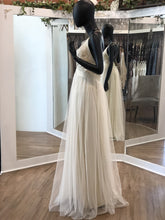 Load image into Gallery viewer, Ivory Mermaid Gown