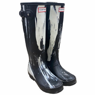 Primary Photo - BRAND: HUNTER STYLE: BOOTS DESIGNER COLOR: BLACK WHITE SIZE: 5 OTHER INFO: AS IS SKU: 207-207278-9071