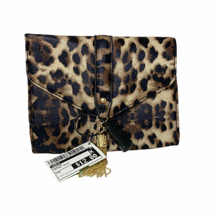Primary Photo - BRAND: GUESS STYLE: CLUTCH COLOR: ANIMAL PRINT SKU: 207-207278-4385