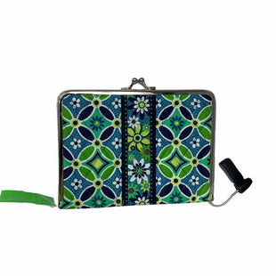 Primary Photo - BRAND: VERA BRADLEY STYLE: CLUTCH COLOR: GREEN OTHER: PHOTO ALBUM CLUTCHSKU: 207-207278-5258