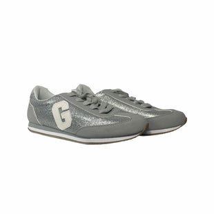 Primary Photo - BRAND: GAP STYLE: SHOES ATHLETIC COLOR: SILVER SIZE: 5 SKU: 207-207256-4120