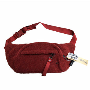Primary Photo - BRAND: LULULEMON STYLE: HANDBAG DESIGNER COLOR: RED SIZE: MEDIUM OTHER INFO: AS IS MODEL NUMBER: ON THE BEAT BELT BAG SHERPA SKU: 207-207299-1383