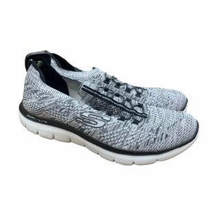Primary Photo - BRAND: SKECHERS STYLE: SHOES ATHLETIC COLOR: GREY SIZE: 10 SKU: 207-207139-57867