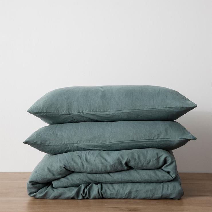 Linen Duvet with Pillowcases ~ Bluestone