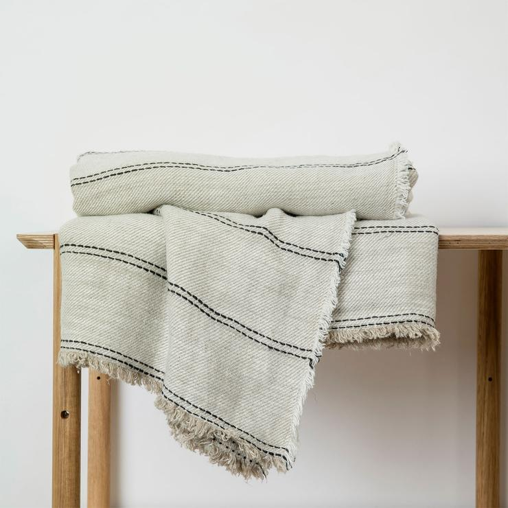 Mira Linen Throw-Ana