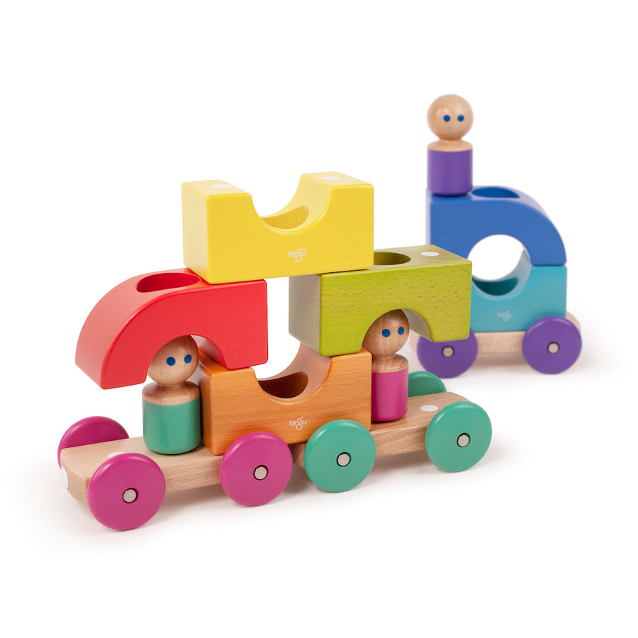 Wooden Magnetic Tram - Open-ended play - Tegu - Oompa Toys