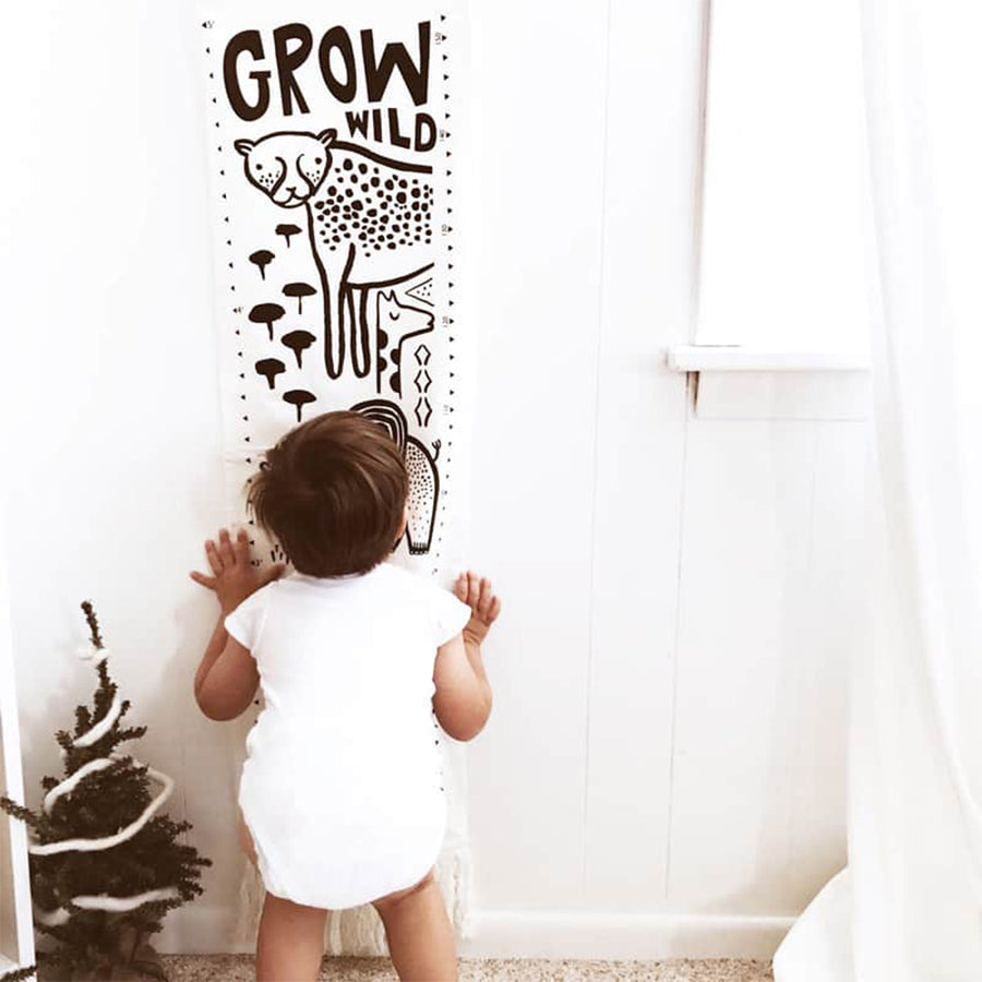 Wee Gallery Organic Canvas Growth Chart - Safari - Oompa Toys
