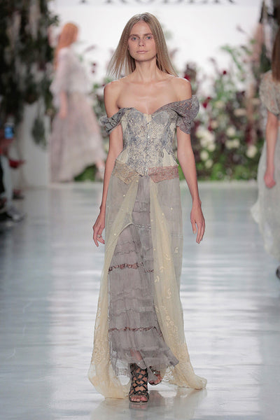 Élan Flowers NY Fashion Week runway 2017 botanical dyed lace using flowers from Élan