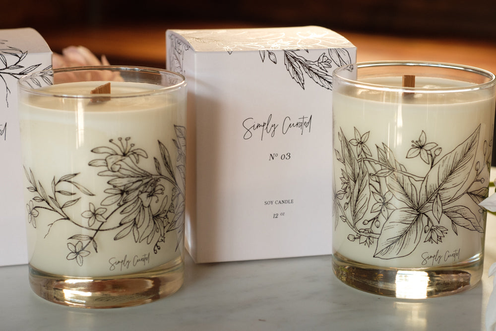 simply curated candle from Élan Flowers