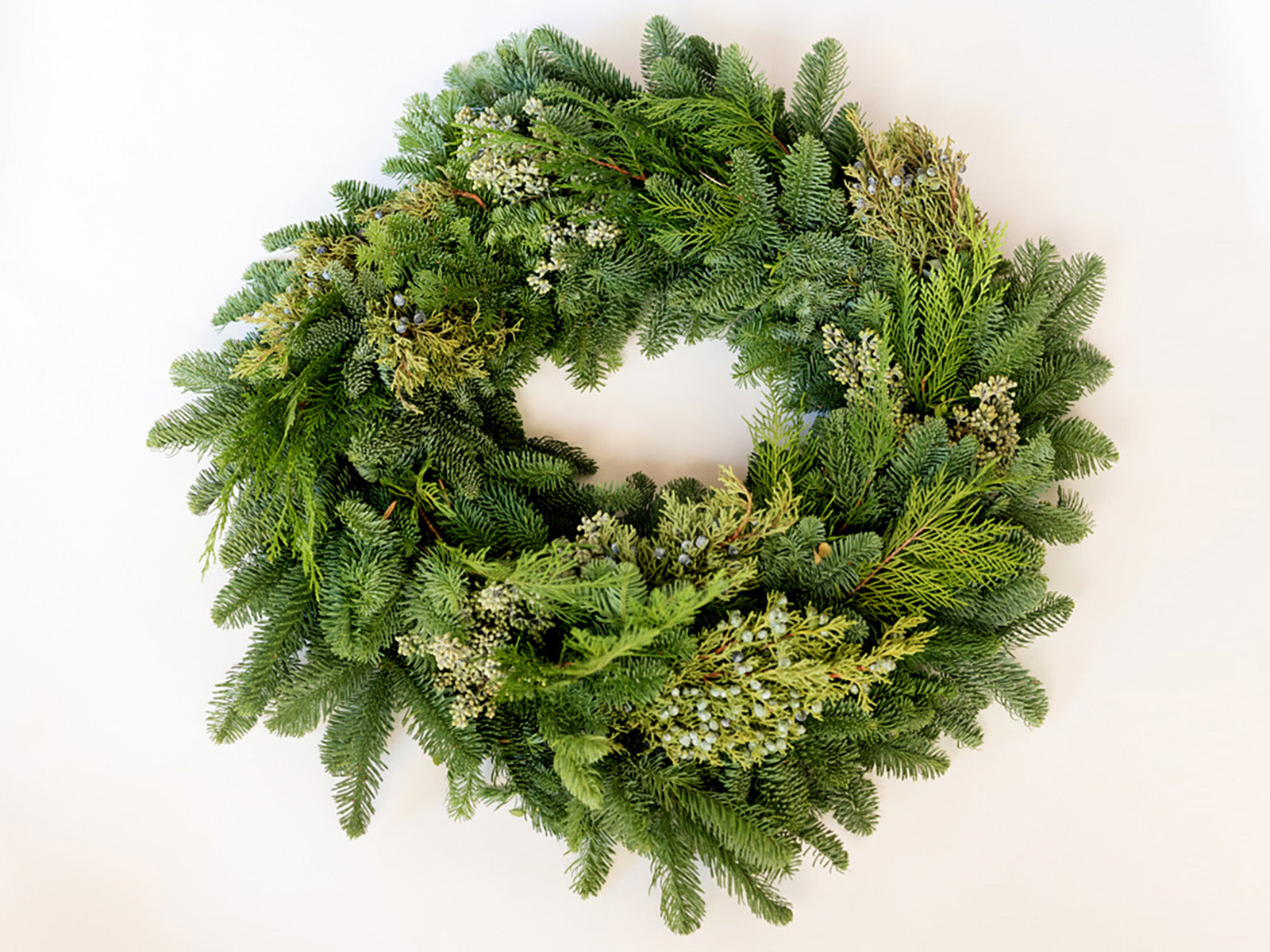 Mixed Evergreen Wreath and Garland - Élan Flowers