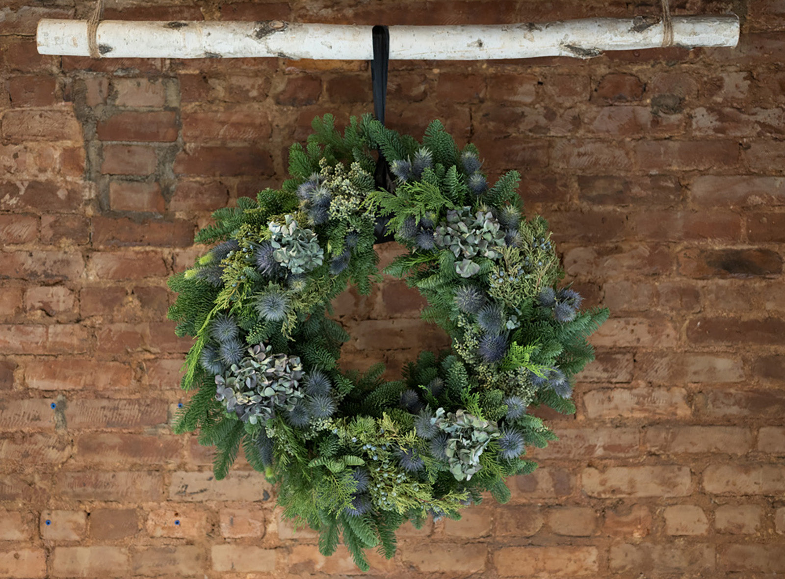 Blue Thistle Wreath - Élan Flowers - new york city delivery