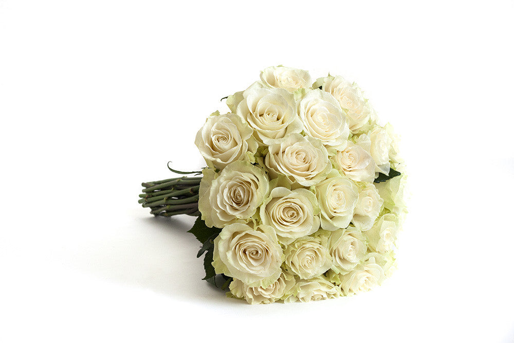 Mondial Rose Hand Tied - Élan Flowers