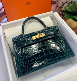 HERMÈS KELLY MINI II 20CM VERT CYPRESS | Shiny Crocodile with Gold Hardware