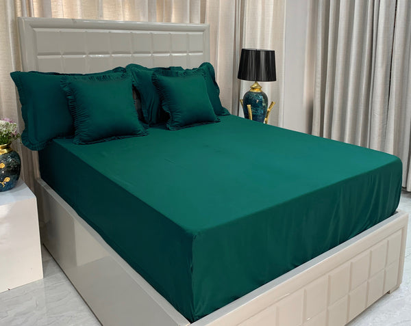 Dark Green 310 Thread Count Bed Set by Limone Fresco