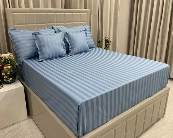 Satin Blue 600 Thread Count Bed Set by Limone Fresco