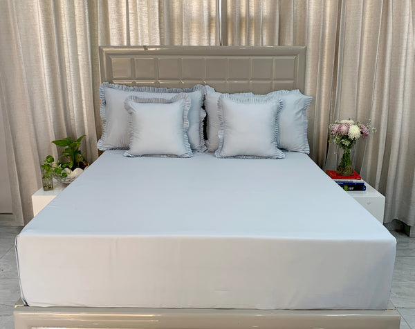 Maya Blue 300 Thread Count Bed Set by Limone Fresco.