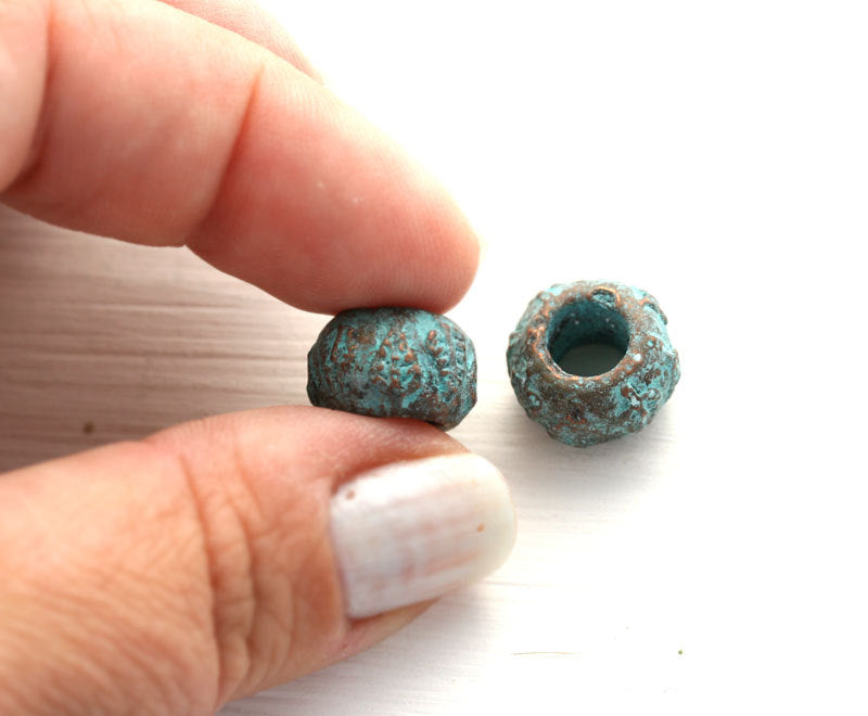 6mm hole Round beads Leaf ornament, Green patina on copper 2Pc