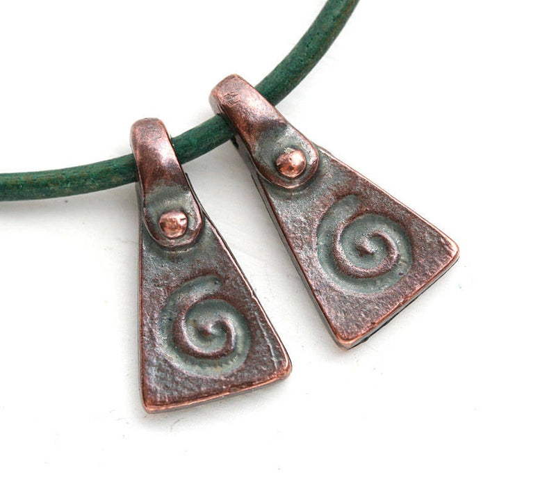 2pc Antique Copper triangle Spiral ornament charms 20mm