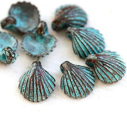 8pc Small 9mm shell charms Green patina