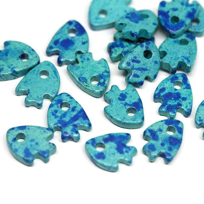20pc Mixed Blue Ceramic Fish beads 10mm