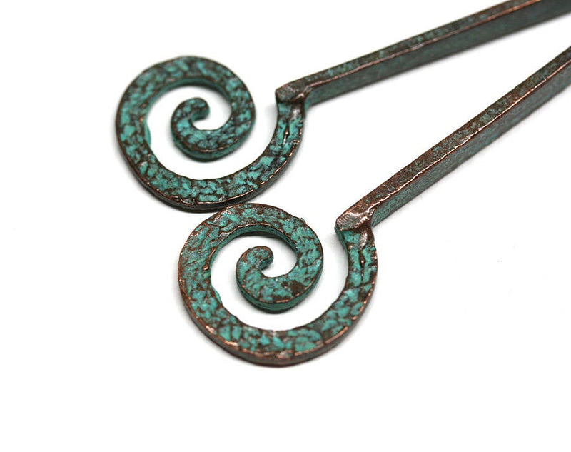 70mm Green patina long copper spiral hammered pendants 2pc