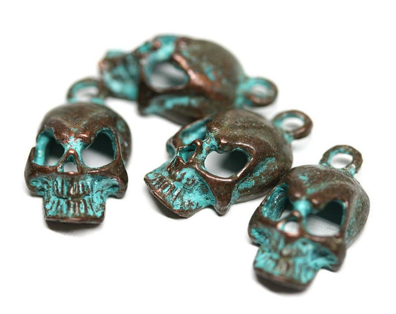4pc skull charms Green Patina Copper 18mm