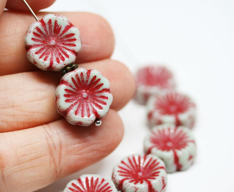14mm Red pansy flower czech glass beads pale grey daisy - 6Pc