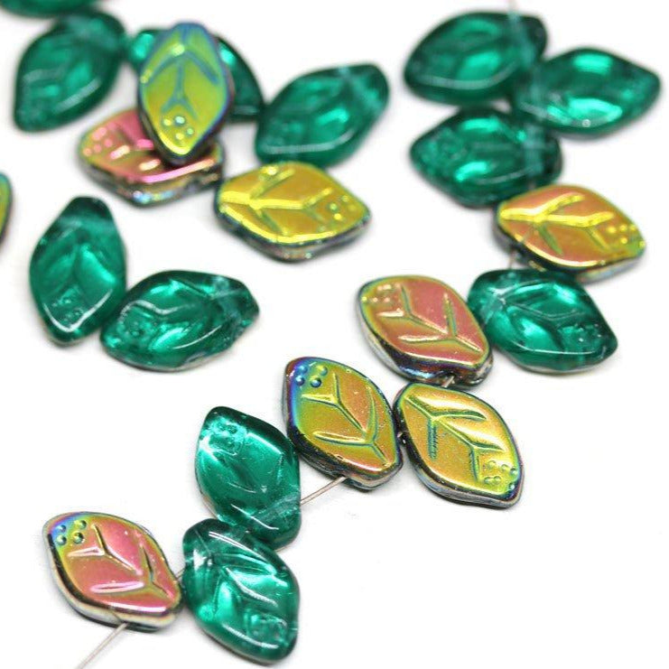 12x7mm Teal green leaves, Vitrail Czech glass beads - 25Pc