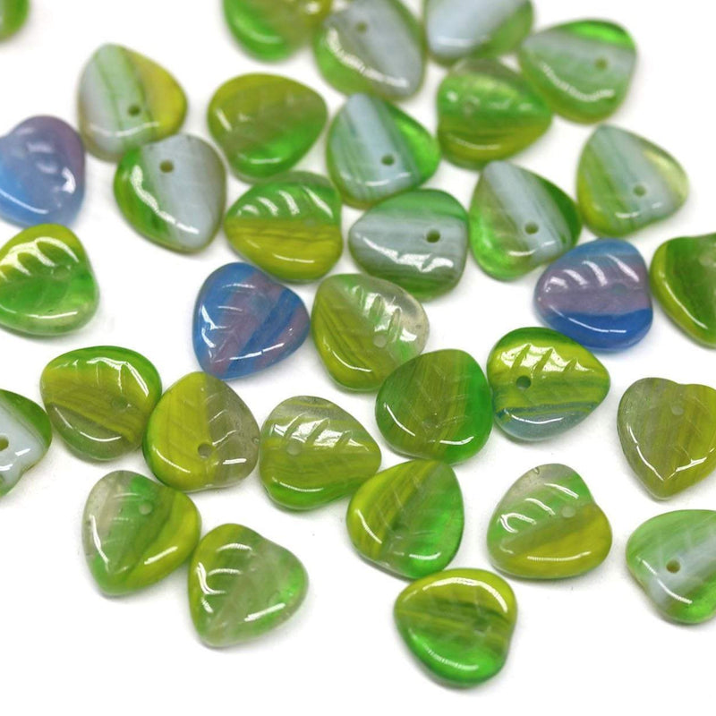 9mm Green leaf beads, Heart shaped triangle leaf - 50pc