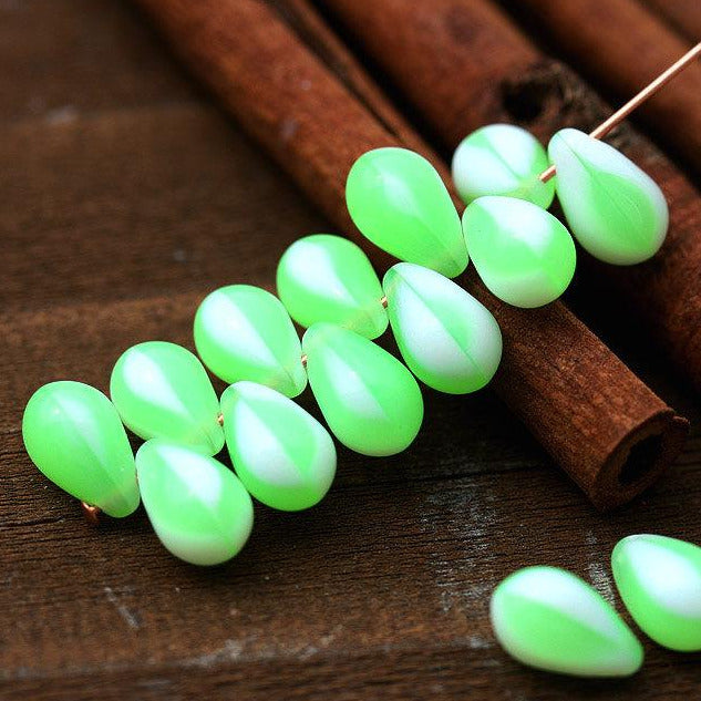 20Pc Green White drops, Czech glass beads, Melon green Teardrops - 6x9mm